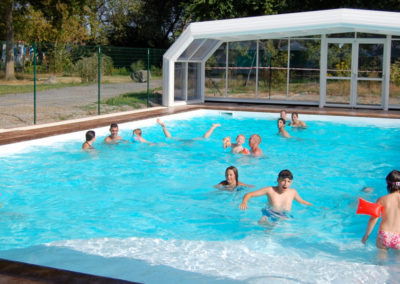 heated and covered swimming pool campsite nantes
